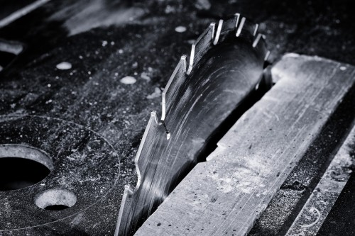 saw-667139_1280 Get to work, stop chasing productivity through books: Photo of table saw blade in black and white