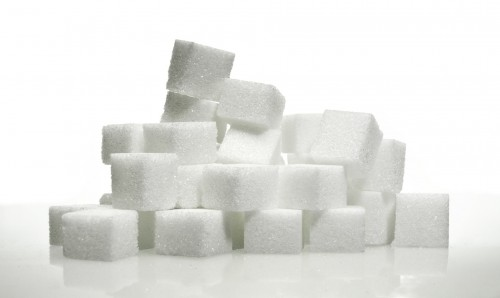 lump-sugar-548647_1920 It's sugar season: how can you limit your intake? Photo of a stack of sugar cubes.