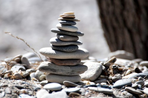 beach-972566_1920 Hip Diggs And Zen Habits: Photo of a stack of stones