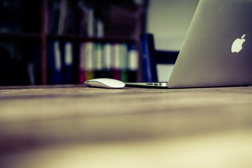 Blogging category: Photo of computer and mouse.
