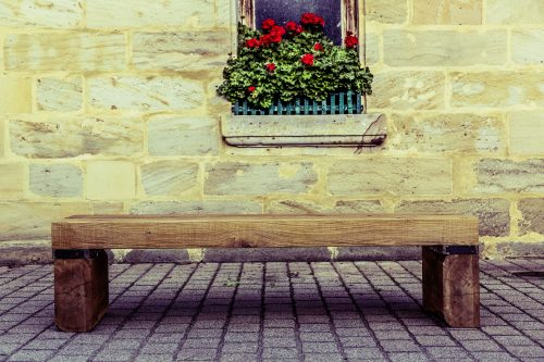 Practicing poetry: Photo of a simple bench.